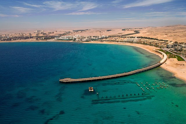 Sahl Hasheesh sunken city & pier from above.