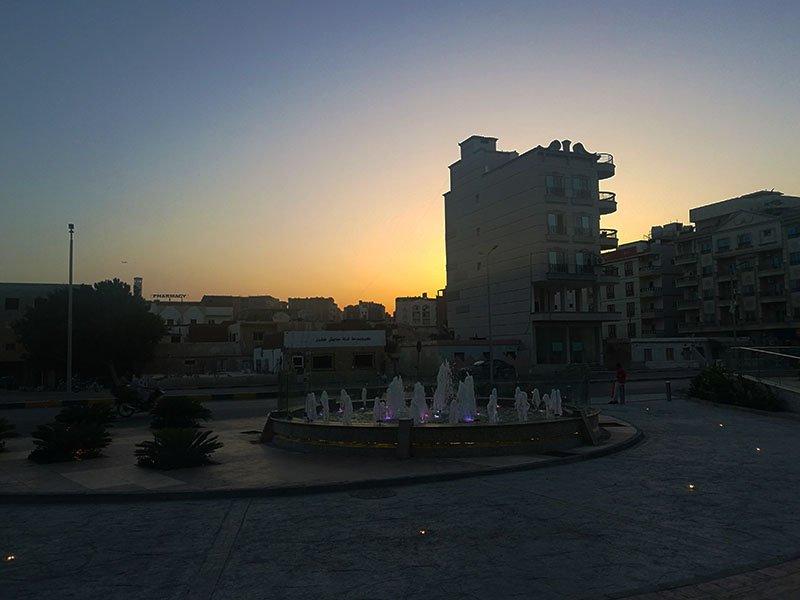 o vedere de centrul orasului shoppng hurghada mall