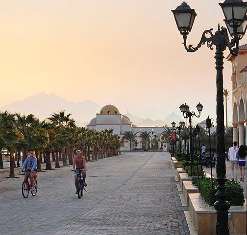 Old Town Corniche, Sahl Hasheesh Image: Joshfdrake